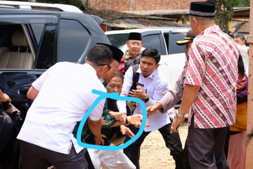 Wiranto Ditusuk Fitri Andriani di Tengah Pengawalan 200 Aparat TNI-Polri