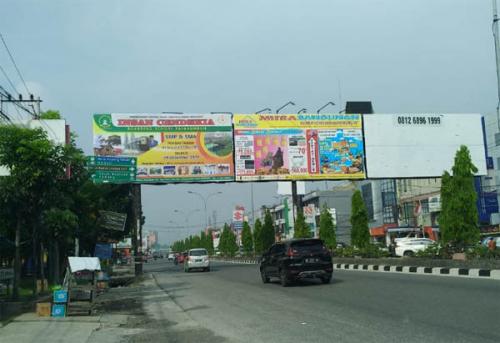 Ilegal, ke Mana Menguap Duit Miliaran Rupiah dari Reklame Bando