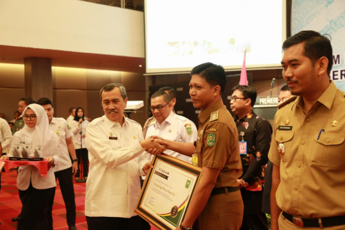 Sungai Mandau Siak Raih Predikat Kecamatan Terbaik I se-Provinsi Riau