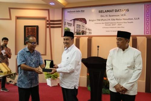 Gubri dan Wagubri Terpilih Sambangi PCR yang Merupakan Politeknik Swasta Terbaik di Indonesia