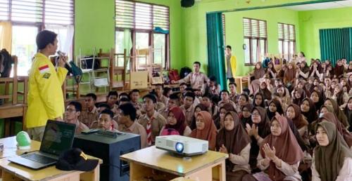 Sosialisasi dan Gelar Try Out, IMR-UI Kunjungi Empat Sekolah di Siak