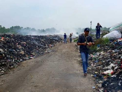 Truk Pengangkut Sampah Dihadang Warga Desa Gogok saat Masuk ke TPA, Ini Penyebabnya..