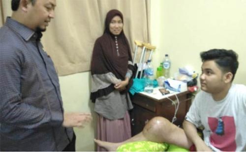 Jenguk Riska dan Marwan, Syahrul Aidi Minta Pemerintah Fokus Melayani Masyarakat Kurang Mampu