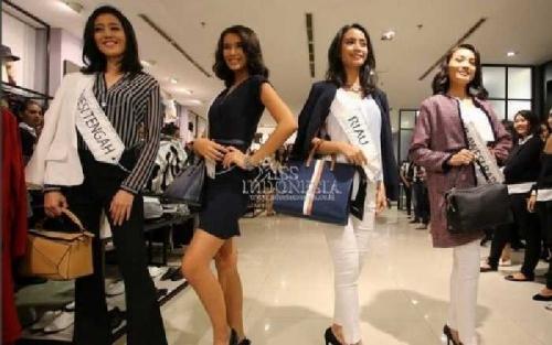 Finalis Miss Indonesia 2017, Termasuk yang dari Riau Sumringah Belanja dan Mix and Match Baju