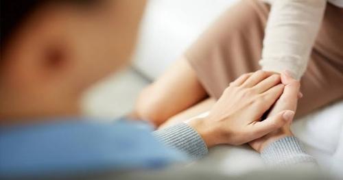 Pulang dari Malaysia Diam-diam, Suami Temukan Istri bersama Pria Lain di Kamar Kontrakan, Begini Akibatnya