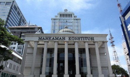 Mahasiswi Gugat Pengadilan Agama ke MK karena Hanya Adili Perkara Umat Islam