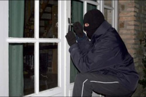 Maling Nekat Satroni Rumah Kapolsek, Hanya Benda Ini yang Berhasil Dicurinya