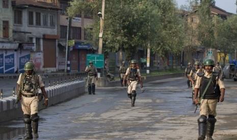 Muslim Kashmir Rayakan Idul Adha dalam Pengawasan Ketat Militer India, Telepon dan Internet Diputus