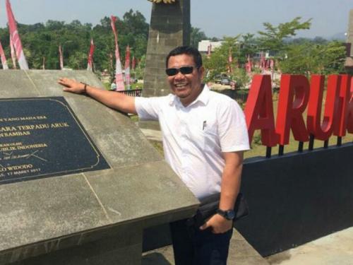 Menurut Pengamat, Syamsuar Hadiri Acara di Thailand dan Tetap di Riau Seperti Dua Sisi Mata Uang