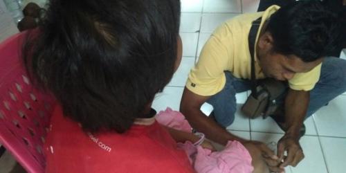 Bocah Dirantai Ayah Tiri di Padang Akhirnya Bertemu Bapak Kandungnya