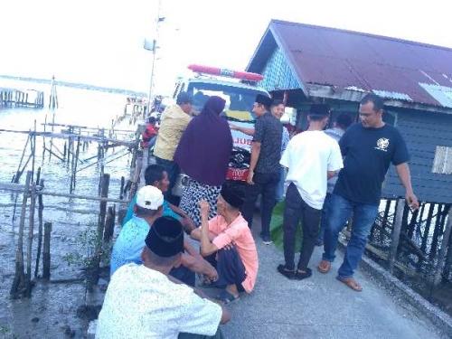 Breakingnews: Tiga Hari Menghilang, Korban KM Rizki GT 6 Ditemukan, Ratusan Warga Alai Tunggu Kedatangan Jenazah