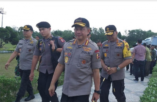 Panglima TNI dan Kapolri Datangi Lokasi Kebakaran Hutan di Riau