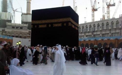 Tak Dapat Tiket Pulang, Puluhan Jamaah Umrah Asal Indonesia Terlantar di Jeddah