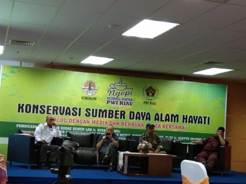 Bahas Konservasi dan Sumber Daya Alam Hayati, PWI Riau dan KLHK Gelar Ngobrol Pintar Lagi