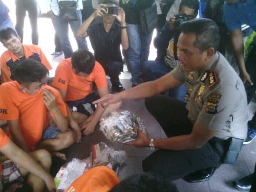 Polresta Pekanbaru Ungkap 24 Kasus Selama Sepekan, 33 Tersangka Dikerangkeng