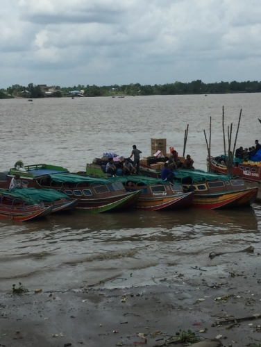 H-2 Idul Fitri, Aktifitas di Pelabuhan Tembilahan Masih Sepi