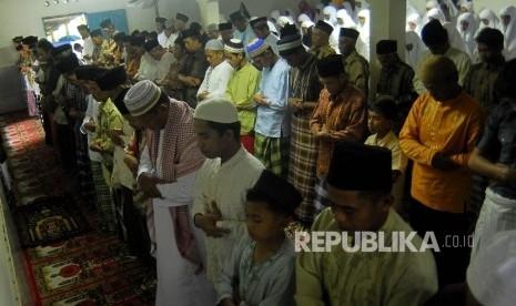 Ratusan Umat Islam di Padang Shalat Ied Hari Ini
