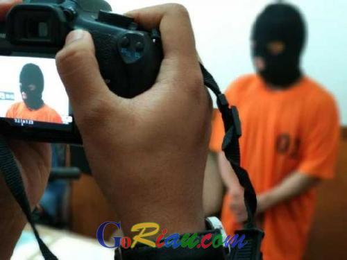 Habisi Korban Pakai Sangkur, Pelaku Pembunuhan Sadis di Cipta Karya Pekanbaru Diduga Berkaitan dengan ISIS