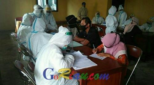58 Penyelenggara Pemilu di Pelalawan Reaktif, 6 Orang Masih Dikarantina di GOR Tengku Pangeran
