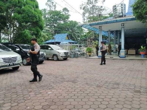 Lebih dari 5 Jam, KPK Geledah Rumah Dinas Walikota Dumai