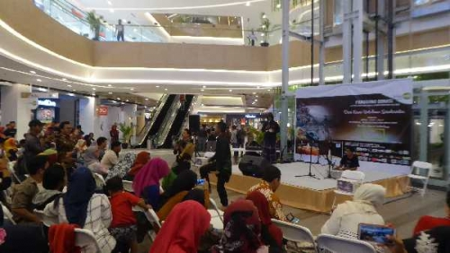 Berbagai Aksi Seni Meriahkan Penggalangan Dana untuk Korban Gempa dan Tsunami Sulteng