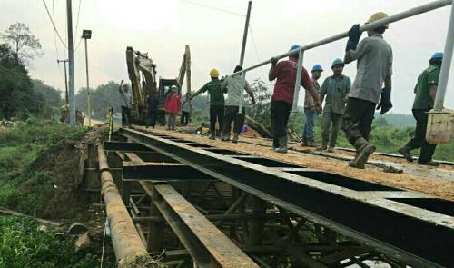 Pulihkan Akses Dua Kecamatan di Pelalawan, SLS Perbaiki Jembatan Genduang yang Rusak Senilai Rp 350 Juta