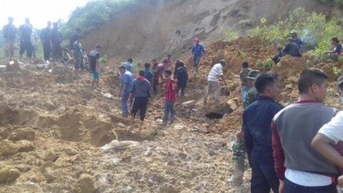 12 Orang Tertimbun Longsor di Sumatera Utara, 2 Selamat, 8 Tewas dan 2 Belum Ditemukan