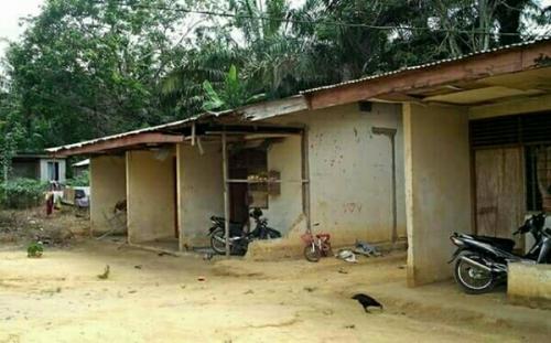 Dibangun Tahun 1985, Begini Kondisi Rumah Dinas Guru SDN Genduang Desa Tanjung Kuyo
