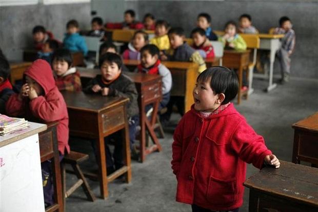 Rezim China Doktrin Siswa Benci Tuhan dan Puja Xi Jinping