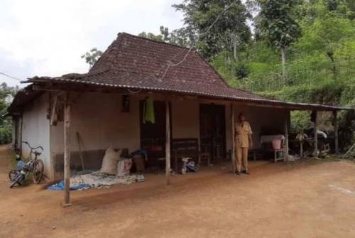 Yakin Kiamat Sudah Dekat, 52 Warga Desa Watubonang Eksodus ke Ponpes di Malang