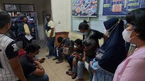 Gara-gara Video Viral Standing Hanya Pakai Celana Dalam, 6 Remaja di Pekanbaru Diamankan dan Ditilang