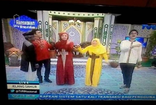 Begini Klarifikasi TVRI Soal Busana Salib di Acara Ramadhan
