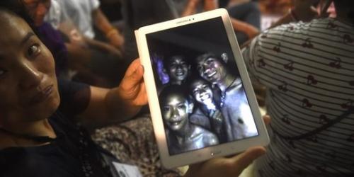 Begini Cara 12 Remaja Thailand Bertahan Hidup Tanpa Makanan dalam Gua Gelap Selama 2 Pekan