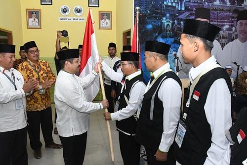 Bupati Lepas 445 JCH Bengkalis di EHA Riau Dini Hari Tadi