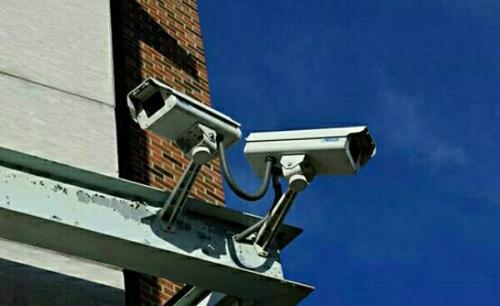Aksi Pencurian Mobil di SPBU Ukui II Pelalawan Terekam CCTV