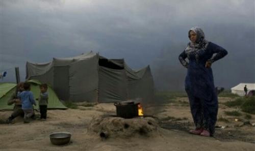 Bocah Suriah Berusia 7 Tahun Diperkosa Kelompok Geng dalam Tenda Pengungsi di Yunani