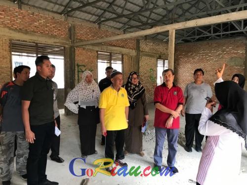 Gubernur Riau Tinjau SMAN 1 Pekanbaru, Kepsek Curhat Ruang Kelas yang Terbengkalai