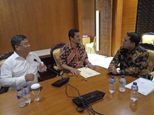 Tepati Janji, Hari Ini DPRD Riau Sampaikan Petisi UIR ke Kemensetneg dan DPR RI