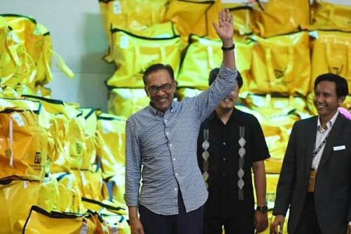 Menang Pemilu Sela, Anwar Ibrahim Dilantik Jadi Anggota Parlemen Malaysia Besok