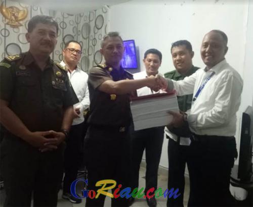 Bakar Lahan di Riau, Berkas Perkara PT SSS Diserahkan ke Kejati Riau