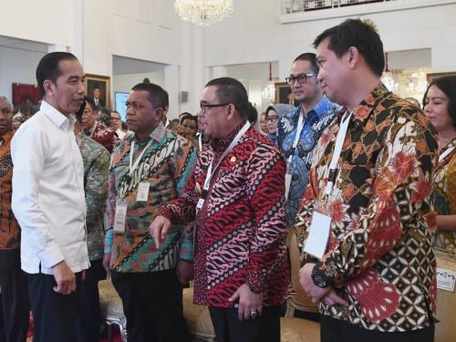 Hadiri Peresmian Pengoperasian Palapa Ring oleh Presiden RI, Wagubri Edy Nasution: Pembangunan Telekomunikasi Penting di Riau