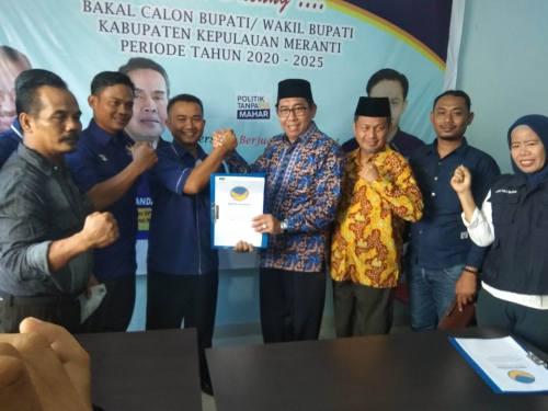 Ambil Formulir di Sekretariat Partai Nasdem, Masrul Kasmy Gandeng Yulian Norwis