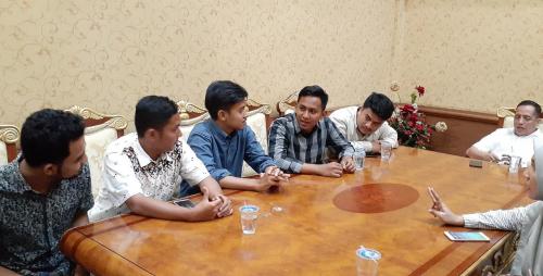 Tidak Diperbolehkan Demo oleh Rektor, Mahasiswa UIN Suska Mengadu ke DPRD Riau