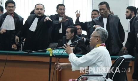 Divonis 1,5 Tahun Penjara, Buni Yani Akan Laporkan Hakim ke KY