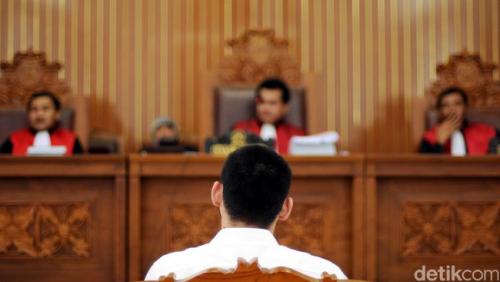 Kasus Korupsi Rp32,4 Miliar, Mantan Kepala Cabang Bank Riau Divonis 12 Tahun Penjara