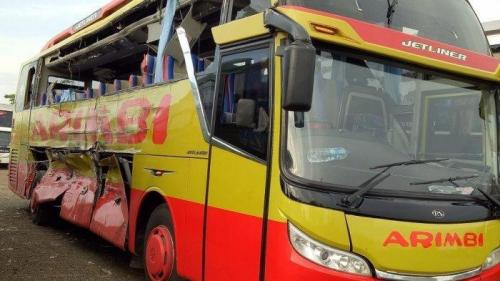 Bus Sinar Jaya dan Arimbi Tabrakan di Tol Cipali, 7 Penumpang Tewas, Ini Identitas Korban