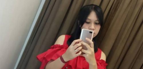 Mahasiswi Cantik Ditemukan Tergeletak Tak Bernyawa di Kamar Karaoke dalam Kondisi . . . .