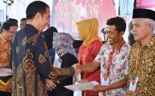 Besok, 74 Bus Berangkatkan Penerima Sertifikat Tora di Siak Berjumpa Presiden Jokowi