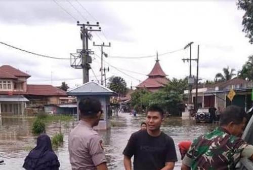 9 Desa di Kecamatan Kampar Direndam Banjir, Warga Mengungsi ke Rumah Keluarga