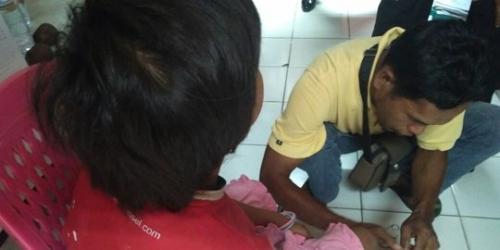 Ibu Kandung dan Ayah Tiri yang Rantai dan Paksa Anak Mengemis di Padang Jadi Tersangka
